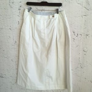 TALBOTS WHITE SKIRT 16